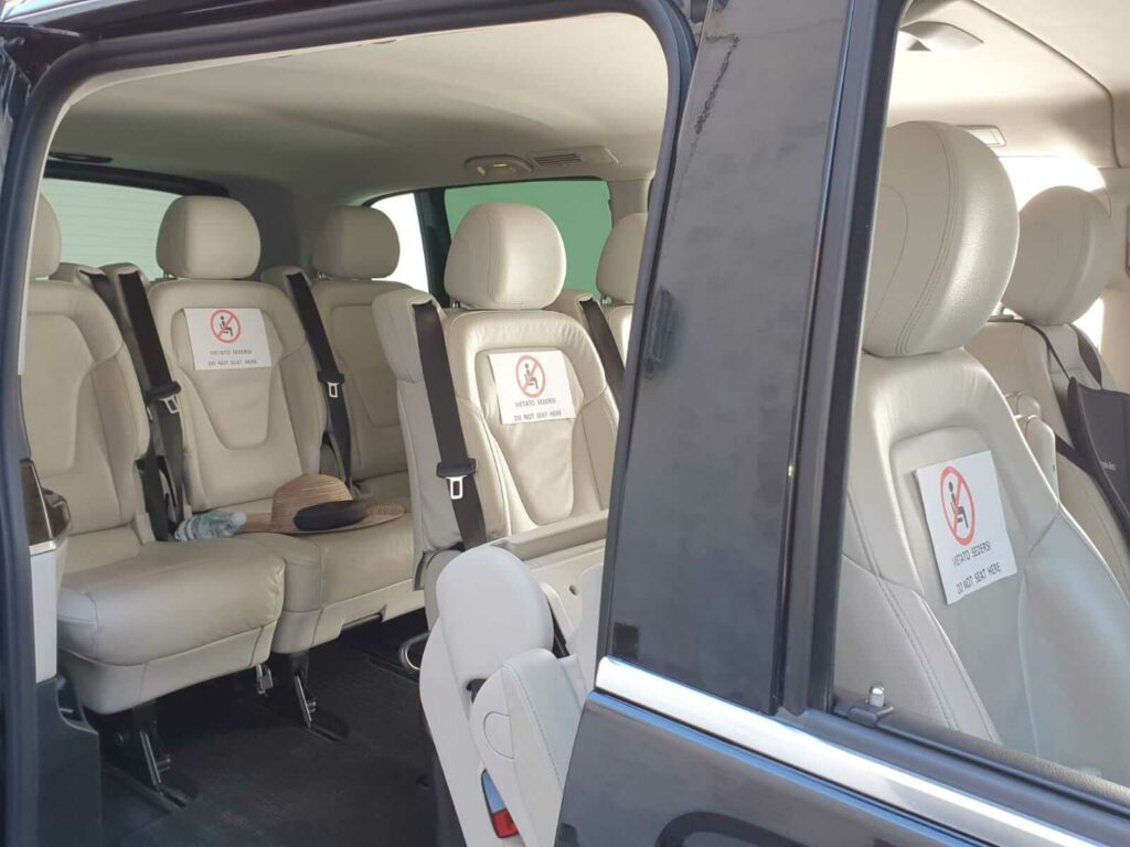 coronaproof vervoer minibus
